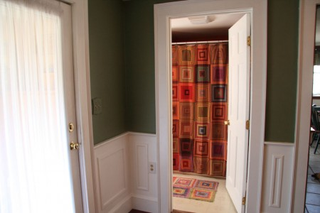 bathroom-doorway