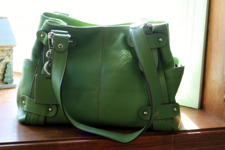 green-pocketbook