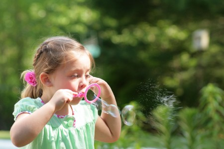 ambrynn-blowing-bubbles