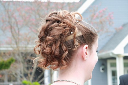 hannahs-hairdo_blogsized