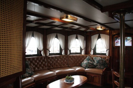 tall-ship-seating