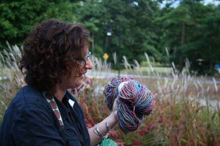 Gale with yarn