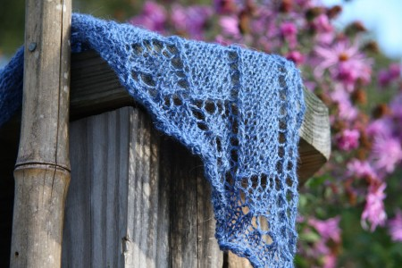 celtic hearts shawl corner