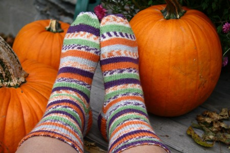 trekking socks with pumpkins