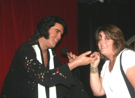 web_Carole and Elvis