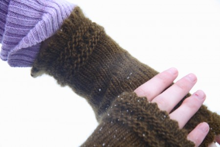 reading mitts lace cuff