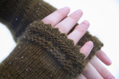reading mitts lace edge