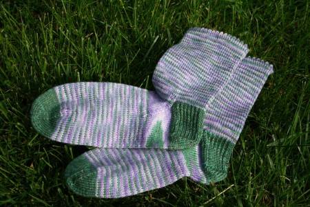 Lilac Socks 1 blog size