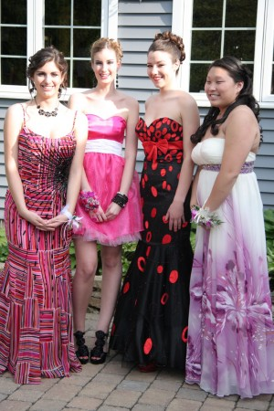 Taylor, Hannah, Gianna and Erin full length blog size