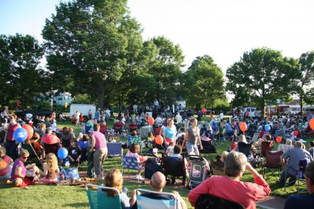 EB Common Crowd 1 blog size