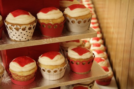 Wedding Cupcakes blog size