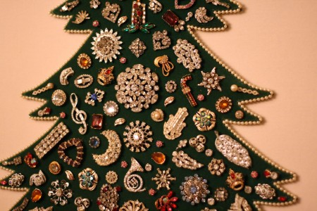 Jeweled Christmas Tree 2 blog size