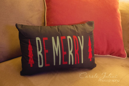 be merry pillow for carole knits