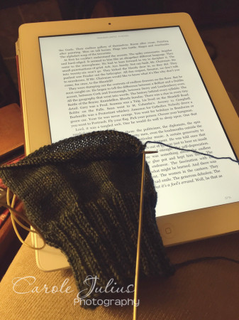 ipad and knitting for carole knits