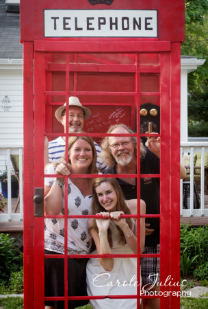 rick carole hannah dale phone booth_for_carole_knits