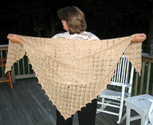Leaf_Lace_Shawl_Finished2.JPG