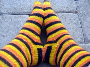trick_treat_socks4.jpg