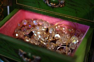 jewelry_box_nanas_drawer.jpg