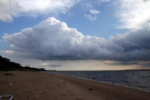 beach_thickening_clouds.jpg